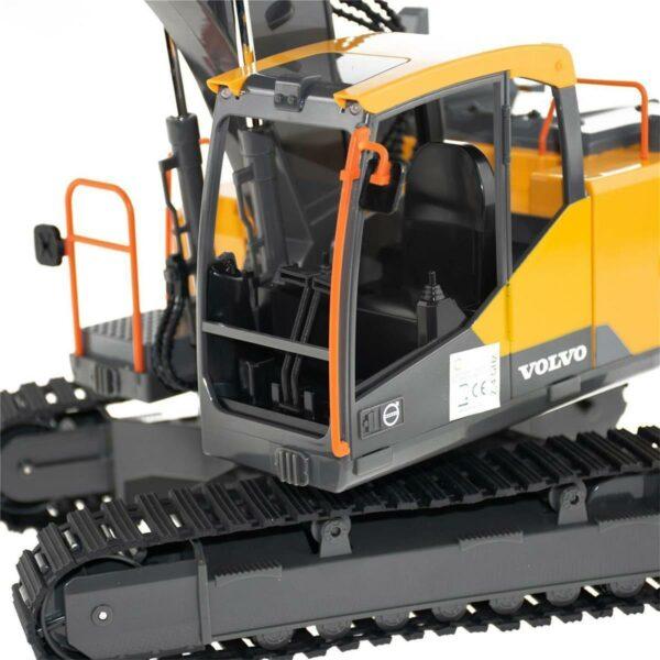 \LS-WXL535DatenBilder RCNutzfahrzeugeE568-003 Volvo Bagger mit WerkzeugProduktbilderOHNE WerkzeugE568-003 - 05 - Detail-Führerhaus.jpg